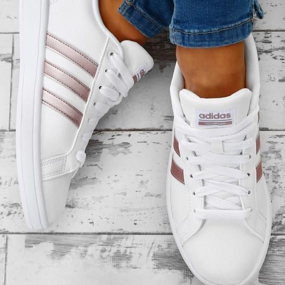 Adidas Cloudfoam Advantage Stripe Sneakers